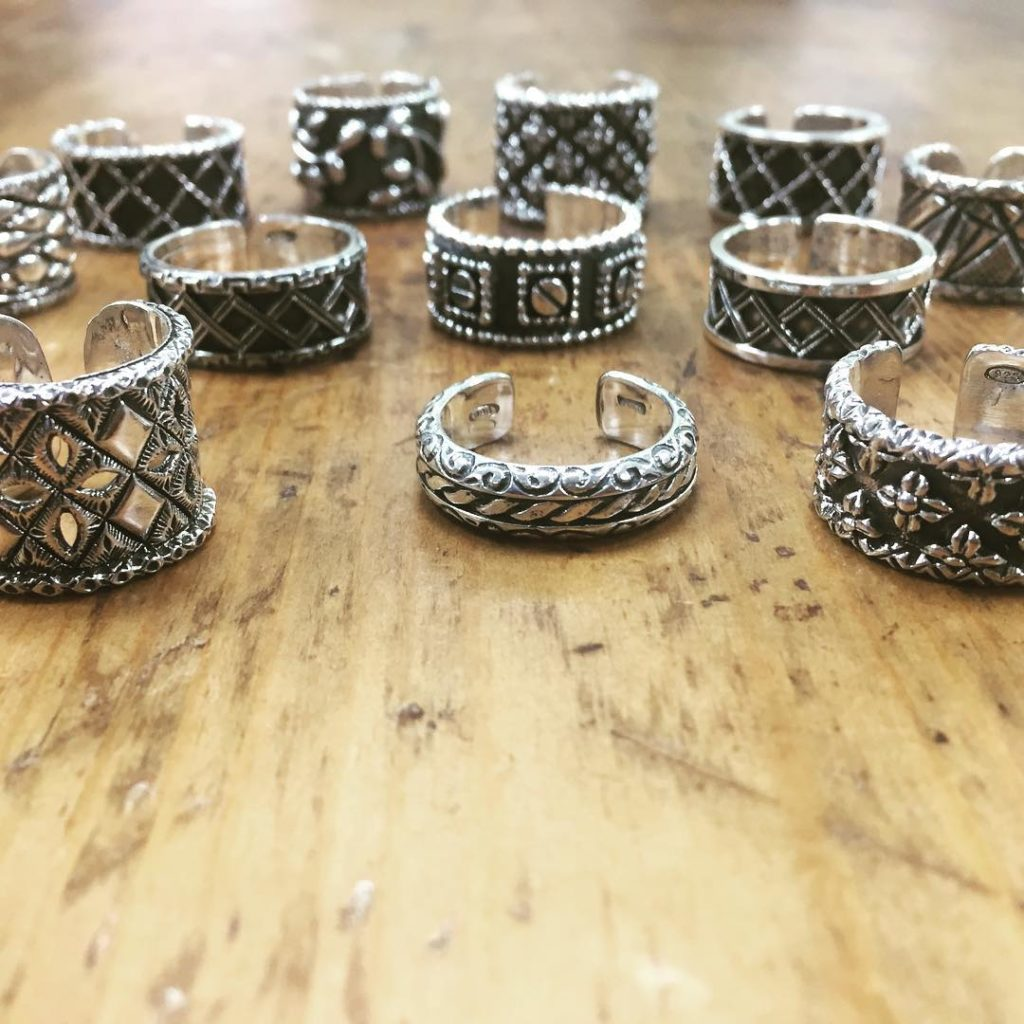 Benvenuti Jw Rings